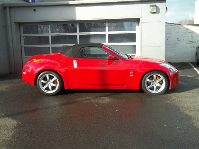 Nissan 350Z 3.5 V6 313 GT 2dr Convertible Petrol Red