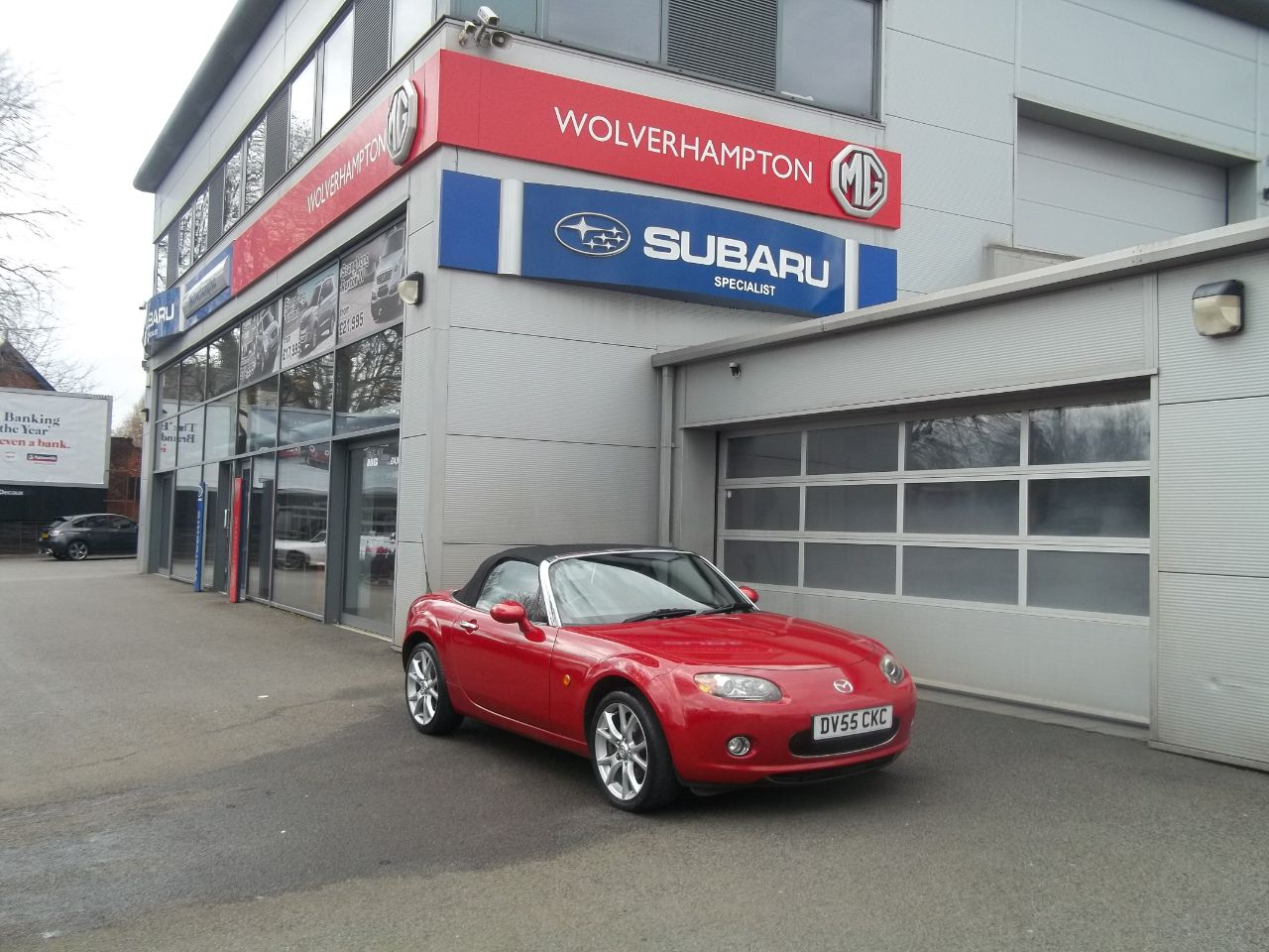 Mazda MX-5 2.0i Launch Edition 2dr Convertible Petrol Red at Bunning Garages Wolverhampton